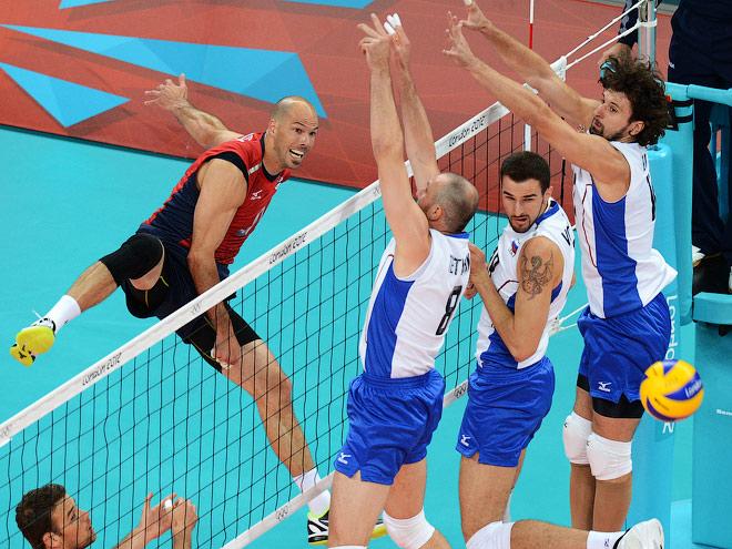 сборные России и США по волейболу