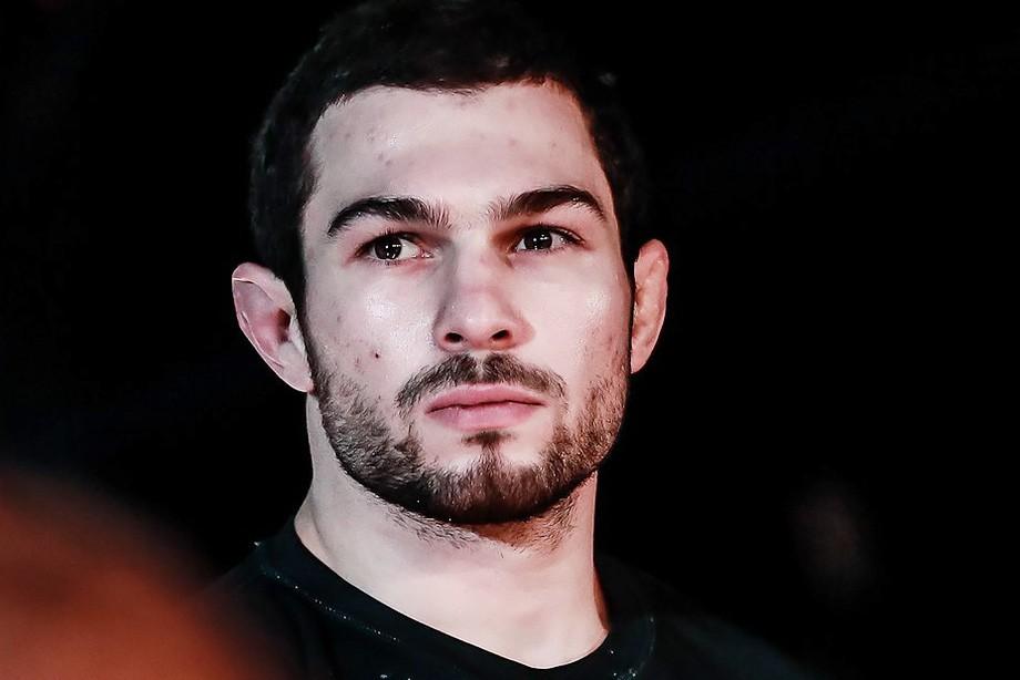 ACB 77: Абдулвахабов победил Вартаняна, Дураев нокаутировал Василевского