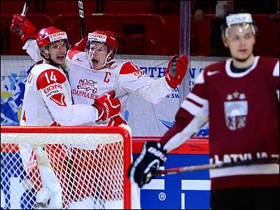 Датчане обыграли сборную Латвии и ушли с последнего места в группе