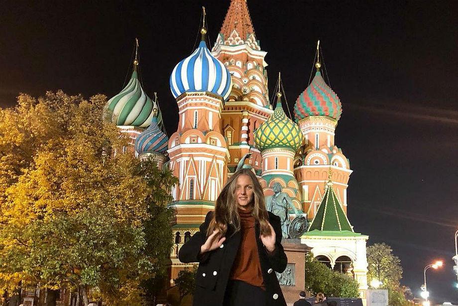 Плишкова и Павлюченкова на Красной площади, Иванович с огромным пауком