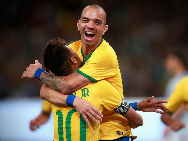 Бразилия обыграла Аргентину — 2:0