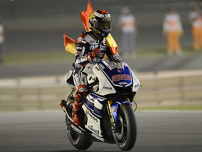 Обзор Гран-при Катара MotoGP: Лоренсо выиграл, Росси – 10-й