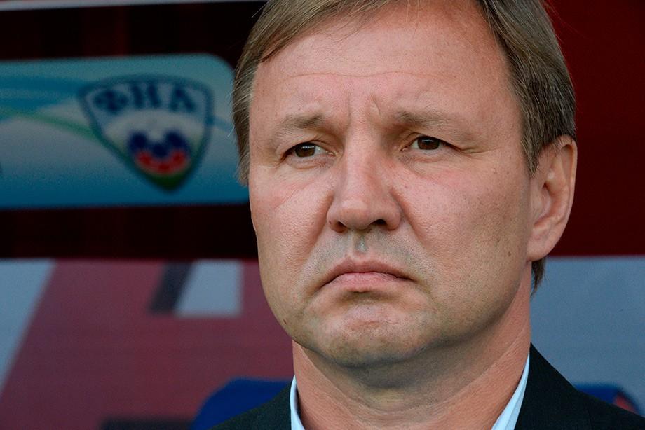 Юрий Калитвинцев отправлен вотставку, основным  тренером «Динамо» назначен Дмитрий Хохлов