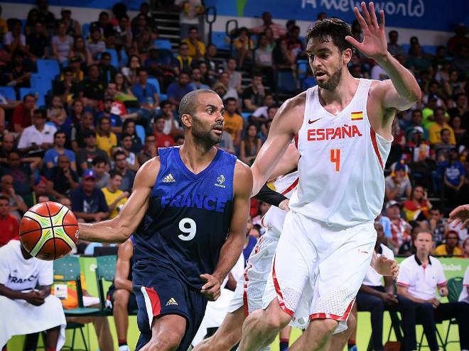 23 очка Миротича помогли Испании победить Францию в 1/4 финала Олимпиады