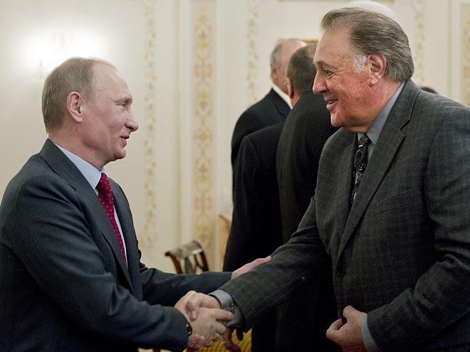 Владимир Путин и Фил Эспозито