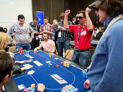 Онлайн трансляция по покеру на русском языке скачать клиент казино адмирал