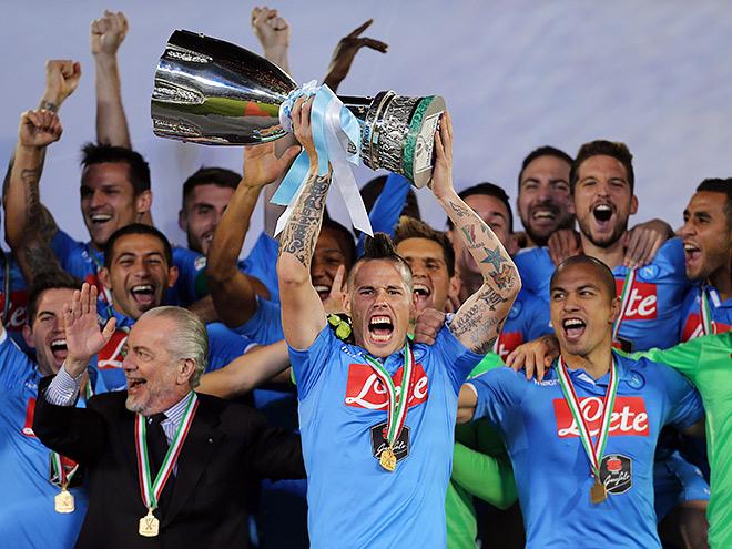 «Наполи» выиграл Суперкубок Италии