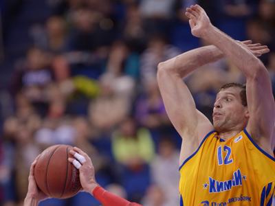 Сергей Моня в игре против ЦСКА
