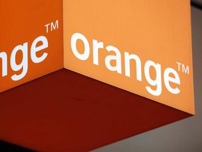 Польшу хотят сделать оранжевой