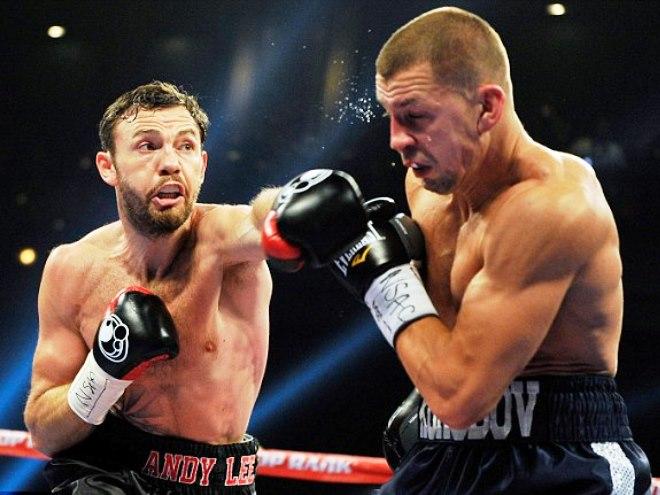 Коробов уступил в бою за титул чемпиона мира