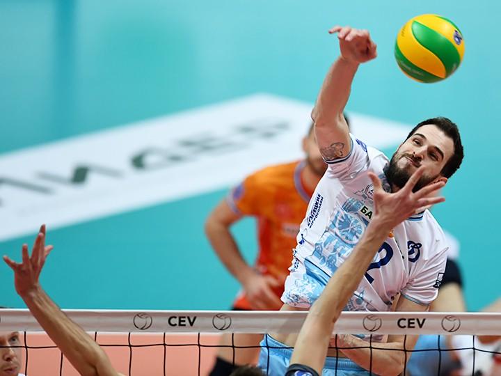 Петербургский волейбольный «Зенит» официально заявлен для участия вчемпионате РФ