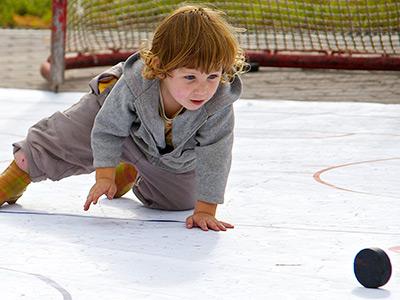 7 примеров, как хоккеисты помогали детям