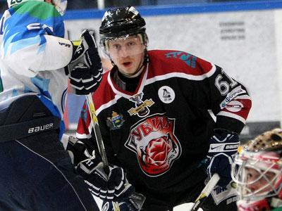 Александр Горшков - лучший нападающий апреля ВХЛ