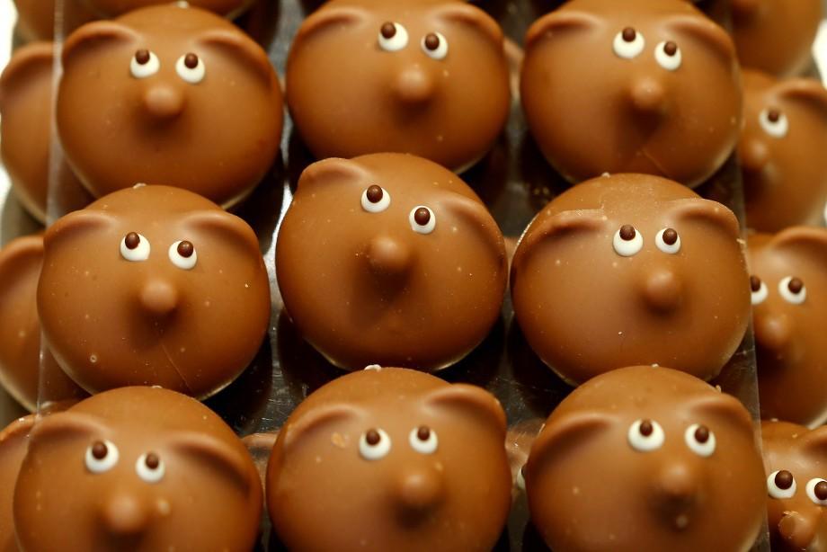 «Решение КДК: запретить рекламу шоколада на матчах РФПЛ»