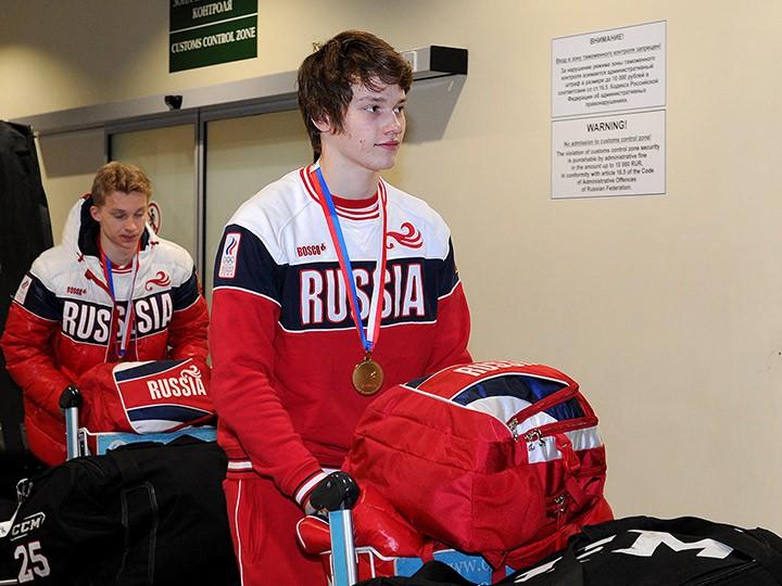 Молодёжная сборная России сыграет с канадцами в суперсерии