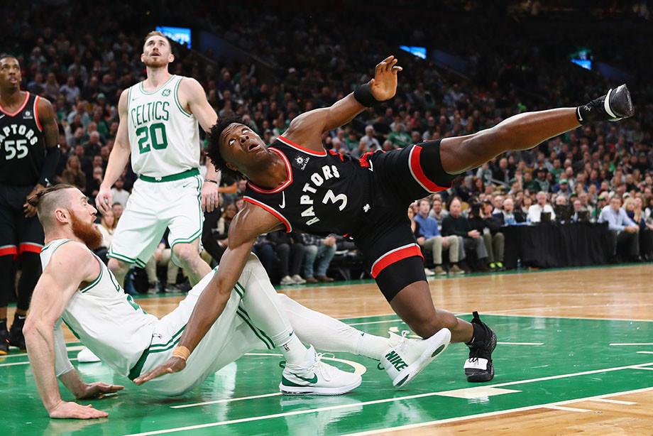 За Восток наконец-то бойня. «Бостон» вернул должок «Торонто»