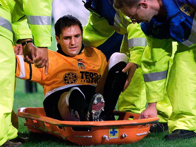 13 самых нелепых травм в истории футбола
