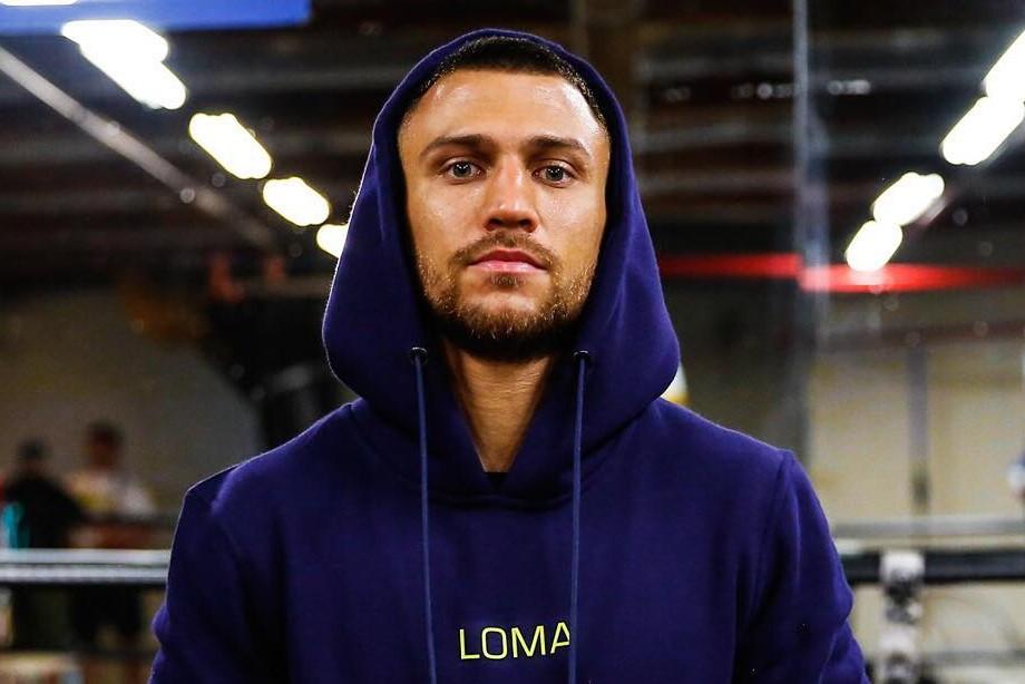 Ломаченко победил Педрасу и завладел поясами WBA и WBO. Как это было