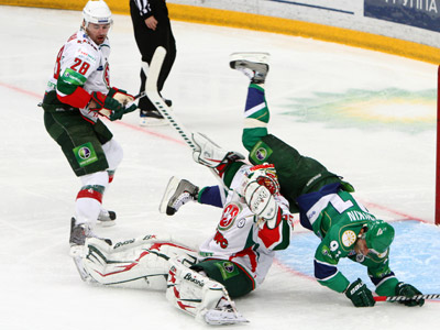 В третьем матче серии «Ак Барс» в овертайме победил «Салават Юлаев»