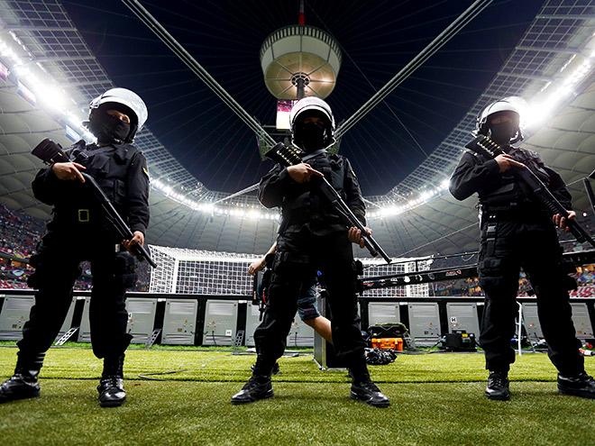 Обеспечение безопасности на футбольном матче