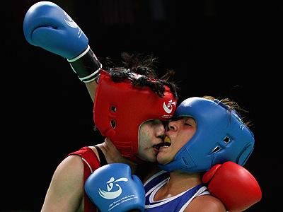 Женская сборная России по боксу завоевала три олимпийские лицензии