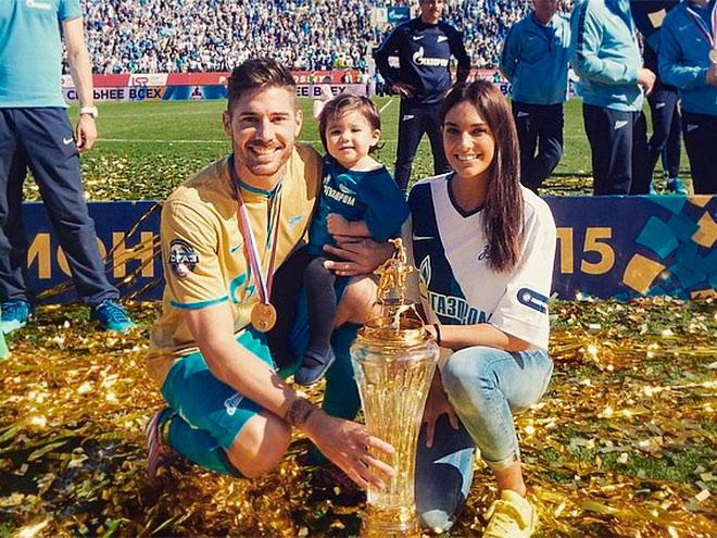 Хави Гарсия с семьёй