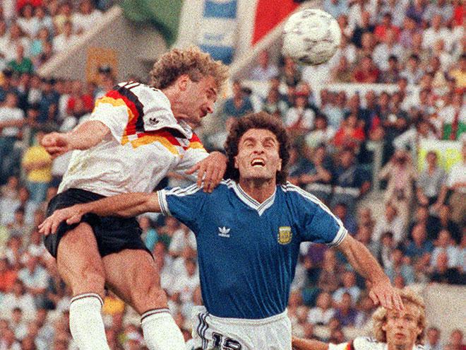 В финале ЧМ-1990 немцы обыграли аргентинцев