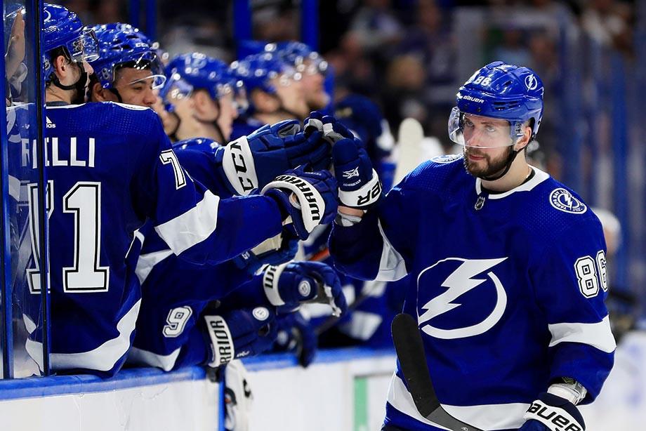 5 россиян набирали в НХЛ больше 110 очков за сезон. Кучеров обгонит всех?