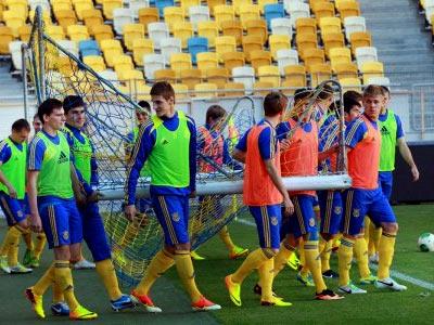 Сборная Украины U-21 отправилась в Санкт-Петербург