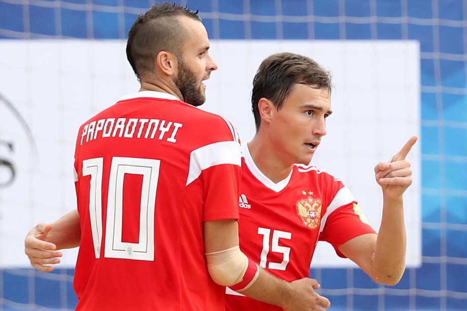 Порезвились на славу. Россия победила Польшу и развлекла публику