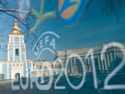 Первый и ВГТРК хотят получить за Евро $ 100 млн
