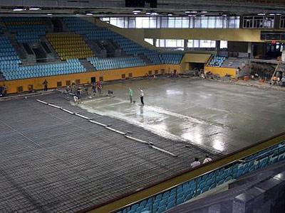 В Нижнем Тагиле идет реконструкция ледовой арены