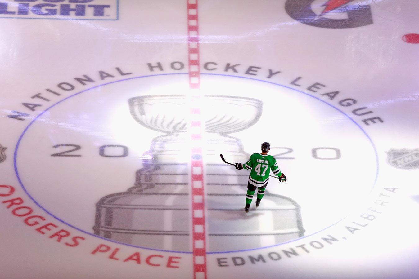 Звонкий доллар не даёт покоя. Почему НХЛ не может позволить себе полную отмену сезона