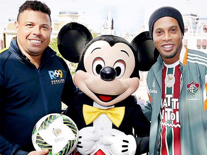 Роналдо и Роналдинью