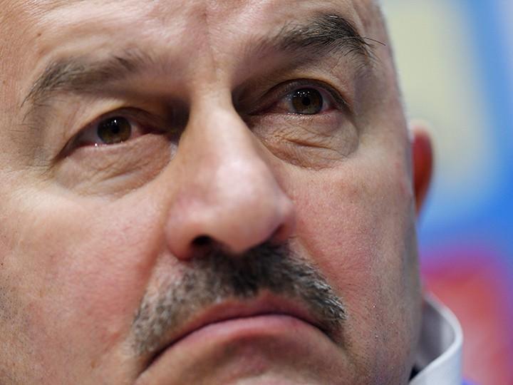 Тренер Станислав Черчесов неслышал свиста трибун вигре сивуарийцами