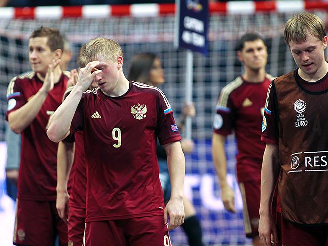 Чемпионат Европы по мини-футболу. Испания разгромила Россию