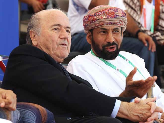 Блаттер и представитель Катара