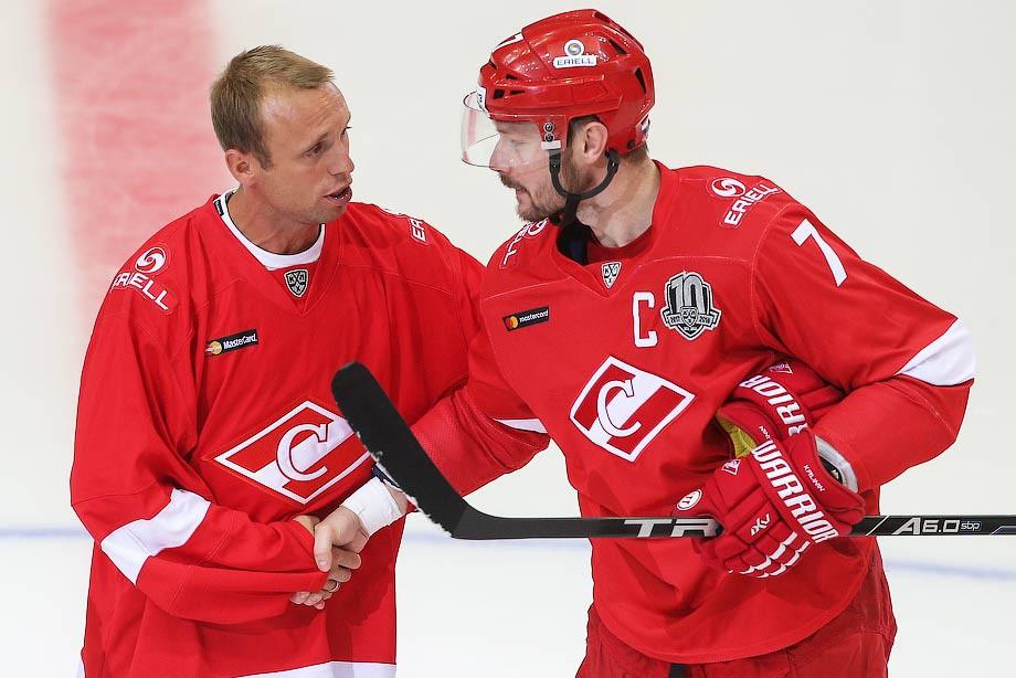 Денис Глушаков на матче «Спартак» — СКА