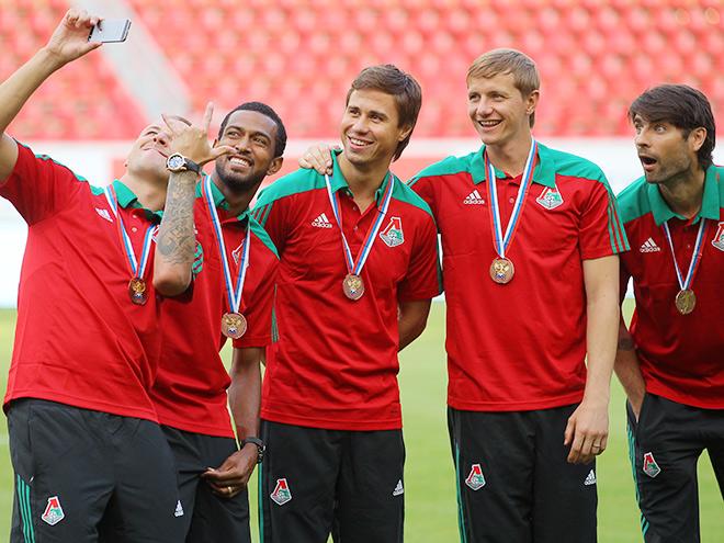 Репортаж с церемонии награждения «Локомотива»