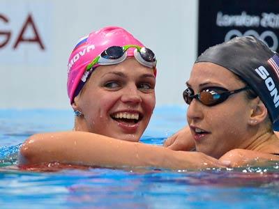 Лондон-2012. Плавание. Юлия Ефимова (слева)