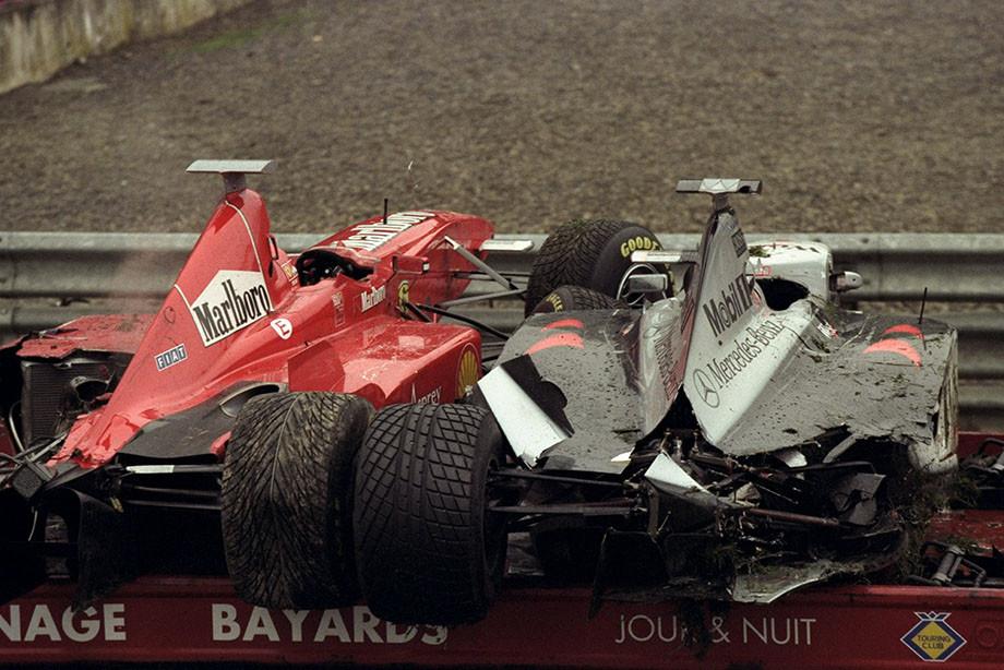 Мы с трудом отобрали 15 лучших гонок в истории Формулы-1. Решите, какая круче!