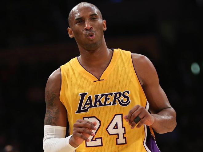 Брайант реализовал 1 733 трёхочковых и набрал 32 844 очка в НБА