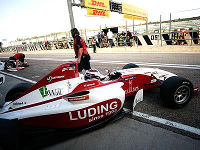 Самарин: в Формулу-1 надо попасть через 3-4 года