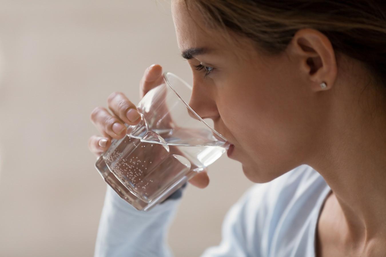 Что такое щелочная вода? Почему важно держать в норме кислотно-щелочной  баланс? Мнение нутрициолога - Чемпионат