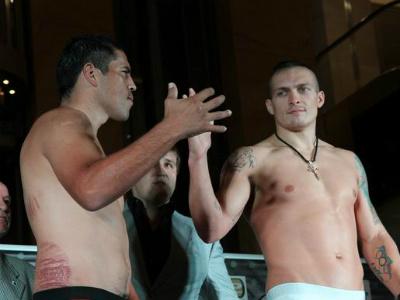 Александр Усик дебютирует на профи-ринге