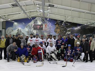 Ветераны красноярского хоккея провели встречу