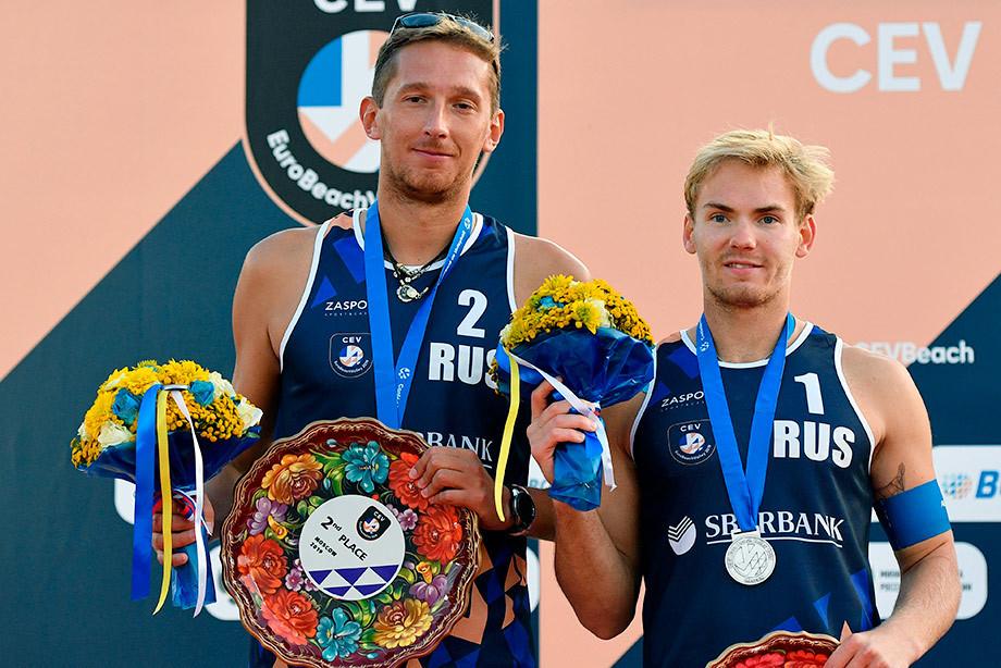 Россияне завоевали серебро ЧЕ 2019 по пляжному волейболу в Москве