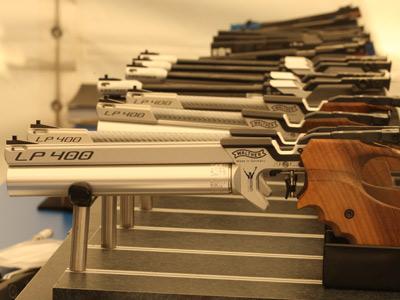 Описание пулевой стрельбы из пистолета