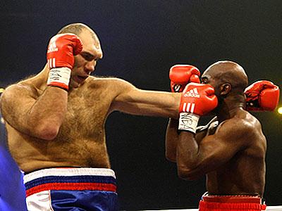 Мировой бокс: категория свыше 90,7 кг