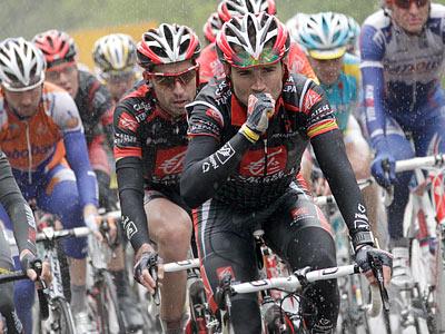 Выборы, лёгкая атлетика и Tour de France